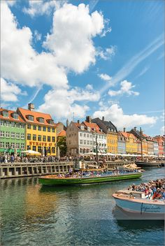 https://flic.kr/p/EFpi6a | Colorful summer in Copenhagen