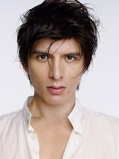 Is there a Japanese guy more handsome than Yū Shirota?