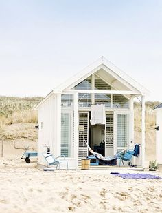 Love this tiny beachy escape
