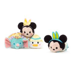 These mystery mini Tsum Tsums are the perfect Easter gift for any Disney fan! Each box contains a vanilla marshmallow-scented Tsum Tsum in adorable Easter attire. Will you find Minnie, Mickey, Donald or Dumbo?