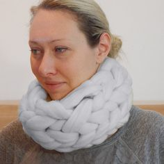 DIY Knit super chunky snood. Merino wool scarf. by VougeHome