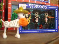 Calaveras de carton by MaLuMaPe, via Flickr