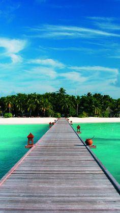 Banyan Tree Vabbinfaru Resort, Maldives. My dream vacation.