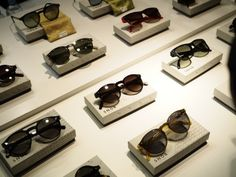 BACO Luxury is an online magazine dedicated to the artisans defining the luxury sector. Sunnies, Sunglasses, Eyewear, Cool Stuff, Hot, How To Wear, Fashion, Moda, Eyeglasses