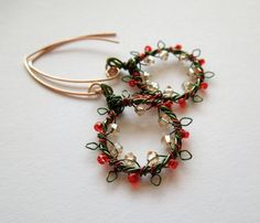 wire christmas jewelry | Handmade wire Christmas Wreath earrings