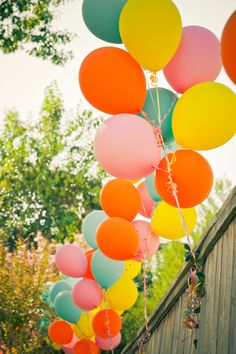 Colorful balloons for Elmo & Sesame Street Themed Birthday Yellow Balloons, Colourful Balloons, Colorful, Birthday Balloons, First Birthday Parties, Birthday Ideas, Yellow Birthday, Rainbow Birthday, Sesame Street Party