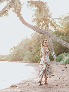 J crew midi dress Travel Outfit Summer, Summer Outfits, Cute Outfits, Millenial Pink, Rainy Day Fashion, Hacks, Midi Dress With Sleeves, Beach Dresses, Petite Fashion