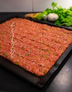 Pakistansk seekh kebab - ZEINAS KITCHEN Food N, Good Food, Food And Drink, Iranian Food, Middle Eastern Recipes, Arabic Food, Poached Eggs, Sugar And Spice, Food Presentation