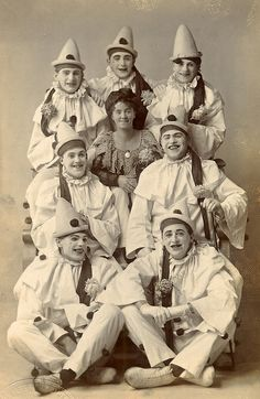 A group of pierrot clowns. Pierrot is a stock character of pantomime and commedia dell'arte who originates in the late seventeenth-century Italian perfoming troupes in Paris, known as the Comédie-Italienne. Le Clown, Circus Clown, Creepy Clown, Circus Theme, Images Vintage, Photo Vintage, Vintage Photographs, Vintage Posters, Cirque Vintage