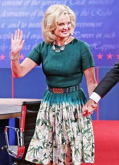 ann romney campaigning | Ann Romney's Campaign Style Pictures - October 22, 2012 - UsMagazine ...
