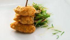 'Pataniscas de bacalhau' (cod cakes) @Petiscos.com