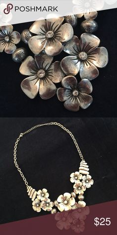 New Fashion Necklace. Floral Silver New Fashion Necklace. Floral Silver. Boutique Jewelry Necklaces