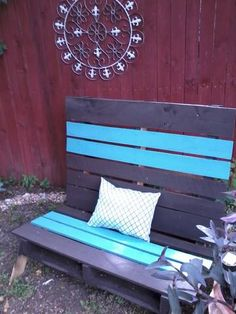 """My son in law made this chair out of a pallet!!..pinned to """"It's a Pallet Jack"""" by Pamela"""
