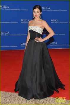 michelle monaghan jenna dewan tatum white house dinner 09 Michelle Monaghan is red hot while arriving at the 2015 White House Correspondents' Association Dinner held at the Washington Hilton on Saturday (April 25) in…