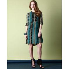 Vente Antik Batik en ce moment sur BazarChic #ethnic #chic #unique #tops #robe #sacs #chaussures #foulard