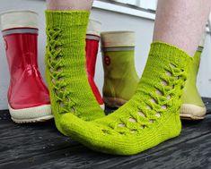 Jedi Mind Tricks by Cookie A. Knitting Blogs, Knitting Socks, Knit Socks, Crochet Stitches, Knit Crochet, Mind Tricks, Boot Cuffs, Leg Warmers, Mittens