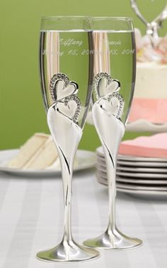Toasting glasses for the bride and groom to use at their wedding reception champagne toasting ceremony. Wedding toasting flutes with double heart design Wedding Toasting Glasses, Wedding Champagne Flutes, Toasting Flutes, Champagne Glasses, Champagne Toast, Champaign Flutes, Wedding Favors Unlimited, Best Wedding Speeches, Flute Glasses