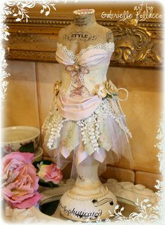 Shabby chic dress form made by Gabrielle Pollacco using the Sept/2014 kit from Flying Unicorn. #FlyingUnicorn #DressForm #OTP #PaperProjects #GabriellePollacco