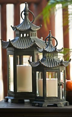 Our Pagoda Outdoor Lantern pays homage to the timeless grace of traditional East Asia architecture.