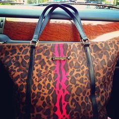 Paris Hilton purse<3<3