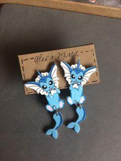 Diese süße Vaporeon-Ohrringe sind noch eine weitere Ergänzung zu meiner Serie Eeveelutions anhaftende Ohrringe!  Wenn Sie sie in gelegt, macht
