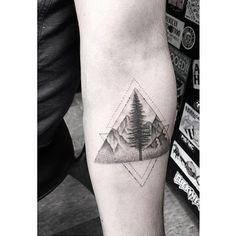 Triângulo com paisagem - referência