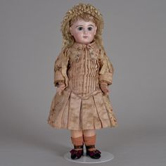 Spectacular Factory Couture Dressed Tete Jumeau Bebe - 20 Inches