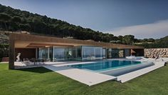 Architecture Discover Gallery of House Rehabilitation In Begur / MANO Arquitectura - 3 Gallery - House Rehabilitation In Begur / MANO Arquitectura - 3 Modern Villa Design, Pool Houses, Exterior Design, Future House, Modern Architecture, Building A House, New Homes, House Styles, Bungalow