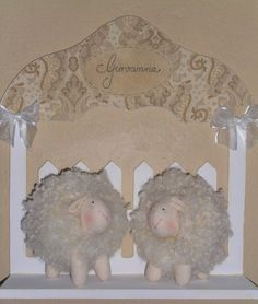 http://www.elo7.com.br/enfeite-porta-de-maternidade-ovelhinha/dp/491BD9