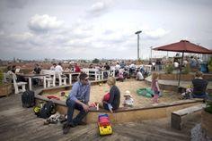 Über den Dächern der Stadt: Das sind die schönsten Rooftop-Bars in Berlin | Berlin- Berliner Zeitung