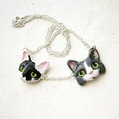Custom Pet Portrait Necklace with more than one von FlowerLandShop