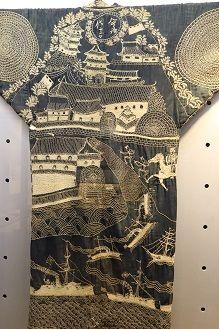 A donza (kimono worn by a fishermen in the past) made by Daikichi Imaji with a catsle drawn