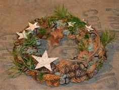 Christmas Advent Wreath, Holiday Wreaths, Holiday Crafts, Christmas Decorations, Holiday Decor, Christmas Arrangements, Flower Arrangements, Winter Time, Christmas And New Year