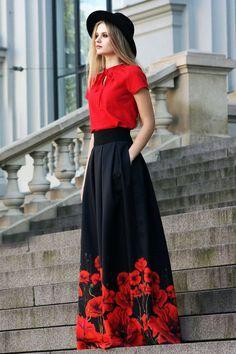 Black Maxi Skirt Gothic Clothing Floral Skirt Plus Size Maxi Skirt High Waisted … Schwarzer Maxirock Gothic Kleidung Blumenrock Plus Size Maxirock Hoch taillierter Rock Ballrock Ball Skirt, Dress Skirt, Maxi Skirts, Long Floral Skirts, Stylish Dresses, Fashion Dresses, Long Skirt Fashion, Stylish Clothes, Mode Russe