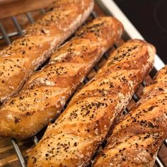 Bread Recipes, Snack Recipes, Cooking Recipes, Snacks, Food Crush, Artisan Bread, Bread Baking, Hot Dog Buns, Tapas