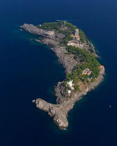 Dolphin Island.Li Galli, Italy.Photography by unknown