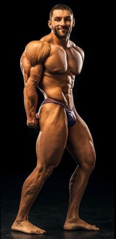 Muscle Hunks, Muscle Men, Nice Body, Perfect Body, Chico Fitness, Big Muscles, Hot Hunks, Build Muscle, Bodybuilding