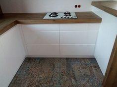 Aparici Carpet | Carrea - sklep, inspiracje, porady Mini Apartments, Carpet, Furniture, Tile Floor, House, Kitchen, Home Decor, Room, Deco