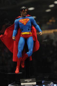 2014 San Diego Comic-Con- Sideshow Collectibles-Superman