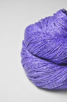 Periwinkle on its way to paradise  - Silk/Linen Fingering Yarn