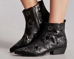 The Face of Style: Wishlist Wednesday - Star Boots