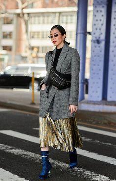 Teilnehmer an der New York Fashion Week Herbst 2018 - Street Fashion # . Street Style 2018, Street Style Trends, Autumn Street Style, Street Style Women, Street Chic, Winter Style, Look Fashion, Korean Fashion, Fashion Outfits