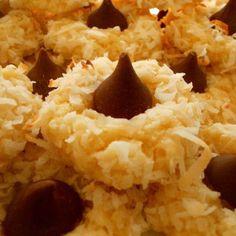 Macaroon Kiss Cookies Recipe