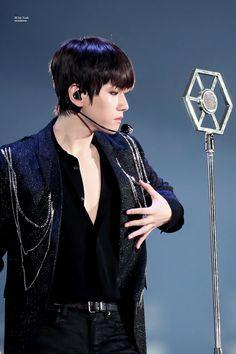백현 | Baekhyun | EXO | Byun Baekhyun | The EℓyXiOn dot | Hyunee 'ㅅ' #exo #baekhyun