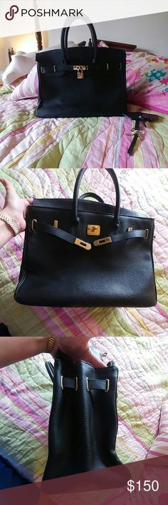 """Vintage Di Gregorio all leather birkin purse Vintage genuine leather Di Gregorio made in Italy bag is an exact replica of a Hermes birkin, 13.5x11x7"""", lock and keys included (key strap broke, I've got them on a cute keyring), this bag is a classic.  Lots of wear to handles, some wear to the corners, some marks on the leather and some wear To the gold hardware (see all pics) Still gorgeous, professional, and rich. Vintage Bags"""
