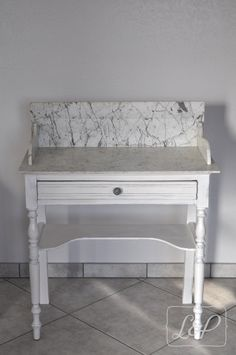 table de toilette ancienne avec marbre table de toilette pinterest tables. Black Bedroom Furniture Sets. Home Design Ideas