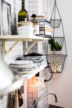 Home Decor Kitchen .Home Decor Kitchen Dining Room Design, Kitchen Design, Cozinha Shabby Chic, Diy Interior, Interior Design, Wood Floor Pattern, Ideas Para Organizar, Cute Kitchen, Green Kitchen