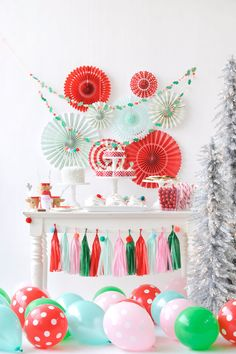 Santa and his reindeer are on his way, in this Merry & Bright Christmas Party featured here at Kara's Party Ideas. Christmas Party Backdrop, Christmas Birthday Party, Christmas Party Decorations, Christmas Night, Pink Christmas, Christmas Ideas, Christmas Parties, Third Birthday, Christmas Design