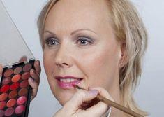 Visagie en make-up workshops op locatie met een groep, dat kan! Make Up, Makeup, Beauty Makeup, Bronzer Makeup