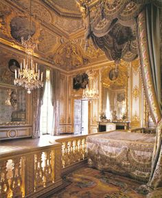 I could lock myself up in Marie Antoinette's bedroom forever and be perfectly content